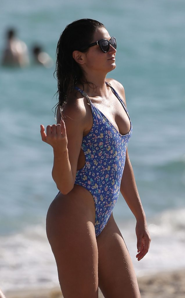 Racquel Natasha and Anastasia Ashley – Miami Beach December 2019