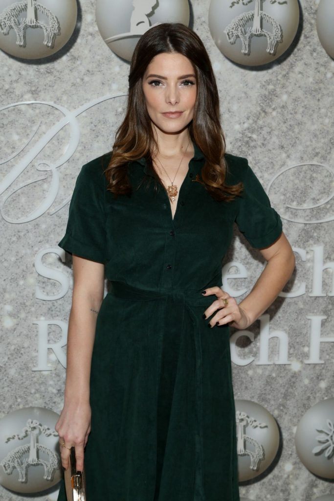 Ashley Greene – Brooks Brothers Host Annual Holiday Celebration in West Hollywood 12-07-2019