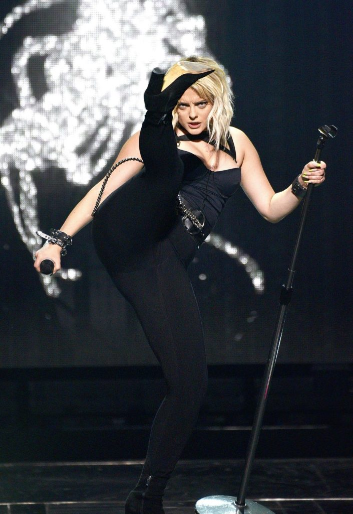 Bebe Rexha – Performs at the ORACLE Arena in Oakland
