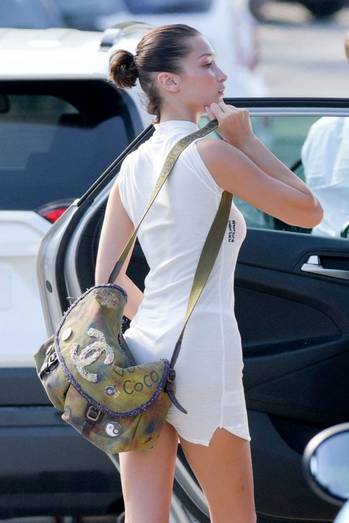 Bella Hadid – Preparing to Leave St- Barts 12-09-2019
