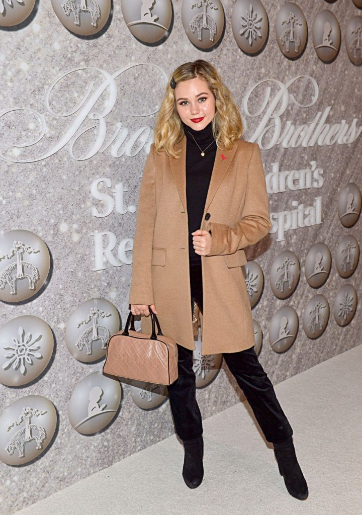 Brec Bassinger – Brooks Brothers Host Annual Holiday Celebration in West Hollywood 12-07-2019