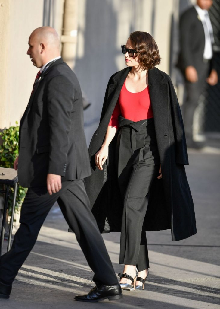 Daisy Ridley – Arriving on Jimmy Kimmel Live 2019