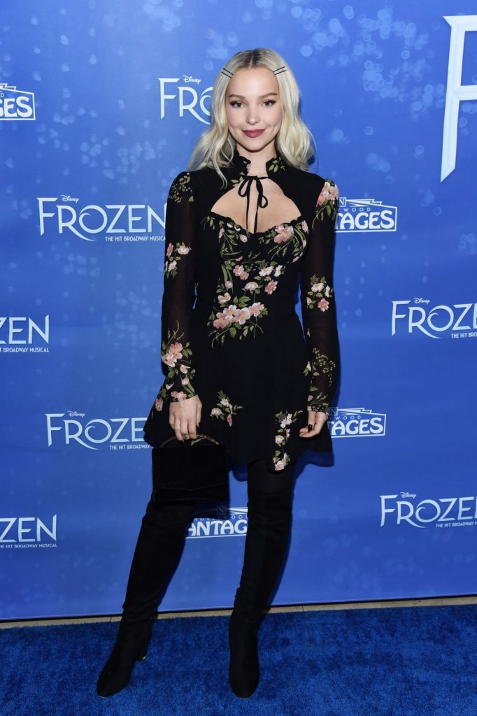 Dove Cameron – Frozen Premiere at the Hollywood Pantages Theatre in Hollywood
