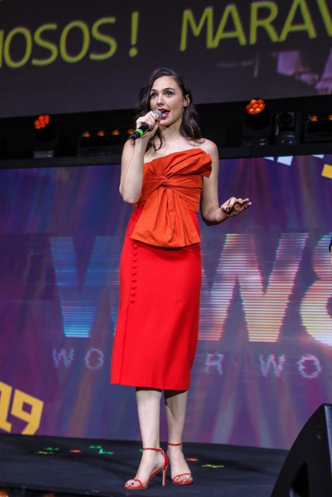Gal Gadot Wonder Woman Panel at Argentina Comic Con in Buenos Aires December