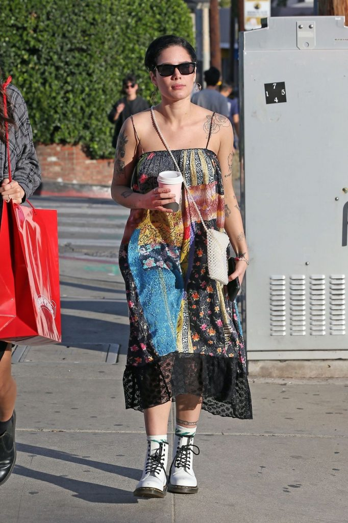 Halsey is out at Melrose Place in West Hollywood 10 Photos