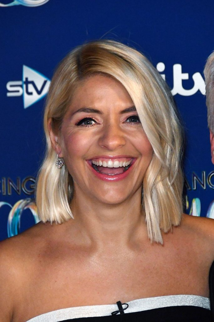 "Holly Willoughby – ""Dancing On Ice"" TV Show- Series 11 Launch Photocall"