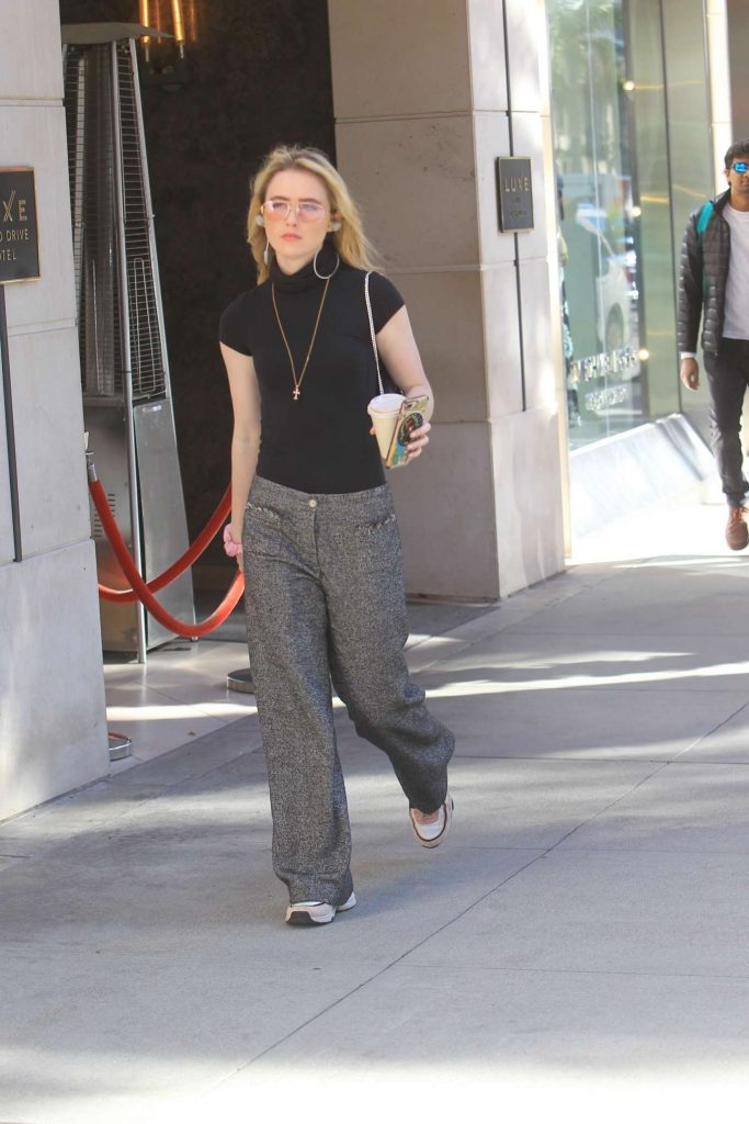 Christmas shopping on Rodeo Drive in Beverly Hills 2019: Kathryn Newton