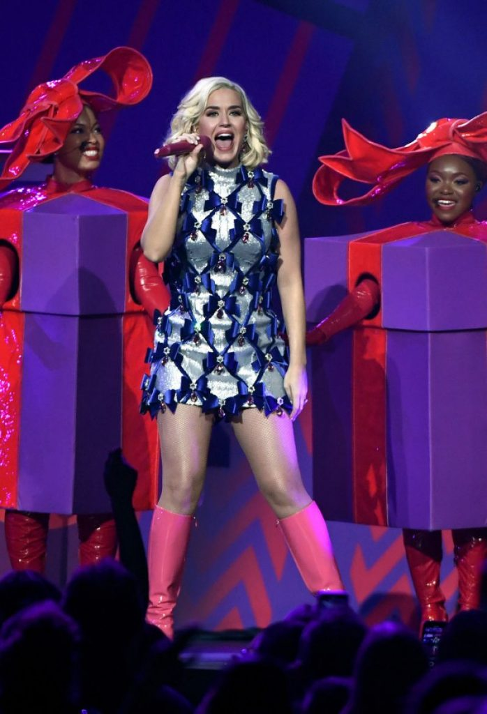 Katy Perry – 101-3 KDWB-s Jingle Ball 2019 in St- Paul