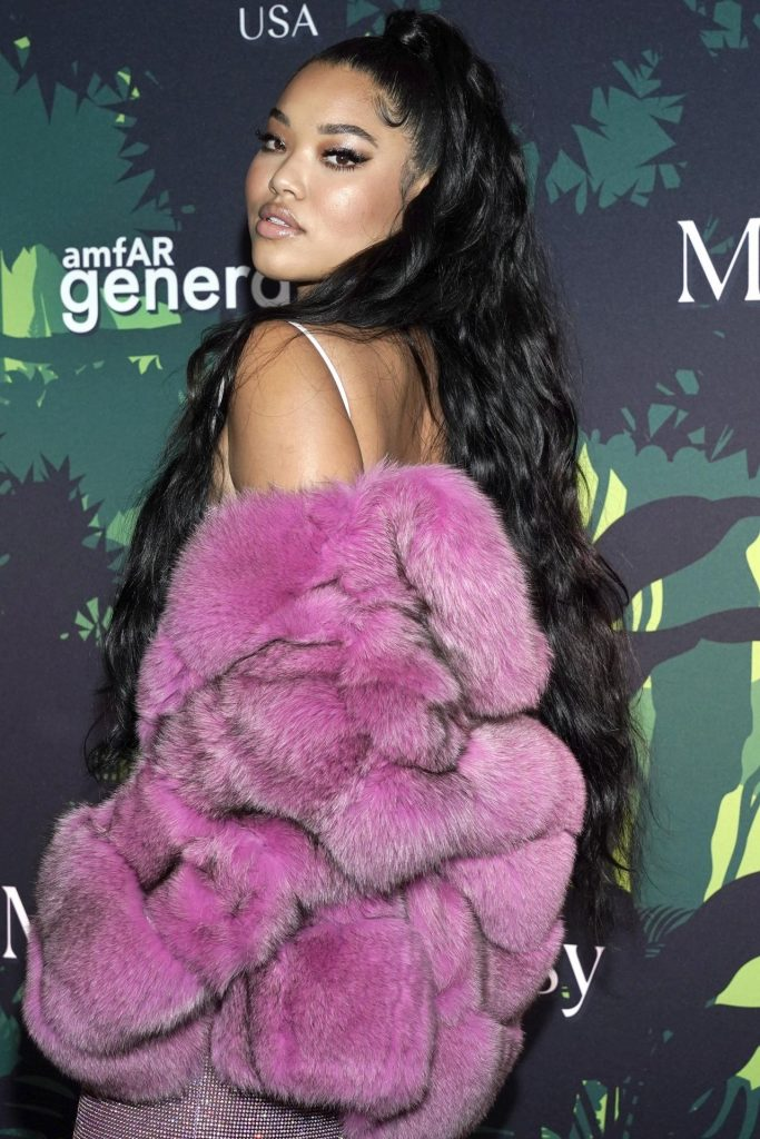 Ming Lee Simmons – amfAR GenerationCURE Holiday Party in NYC
