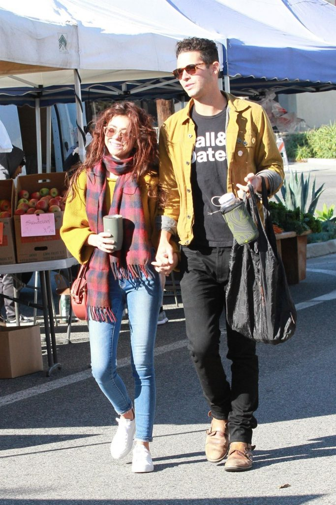 Sarah Hyland and Wells Adams – Farmers Market in LA 2019