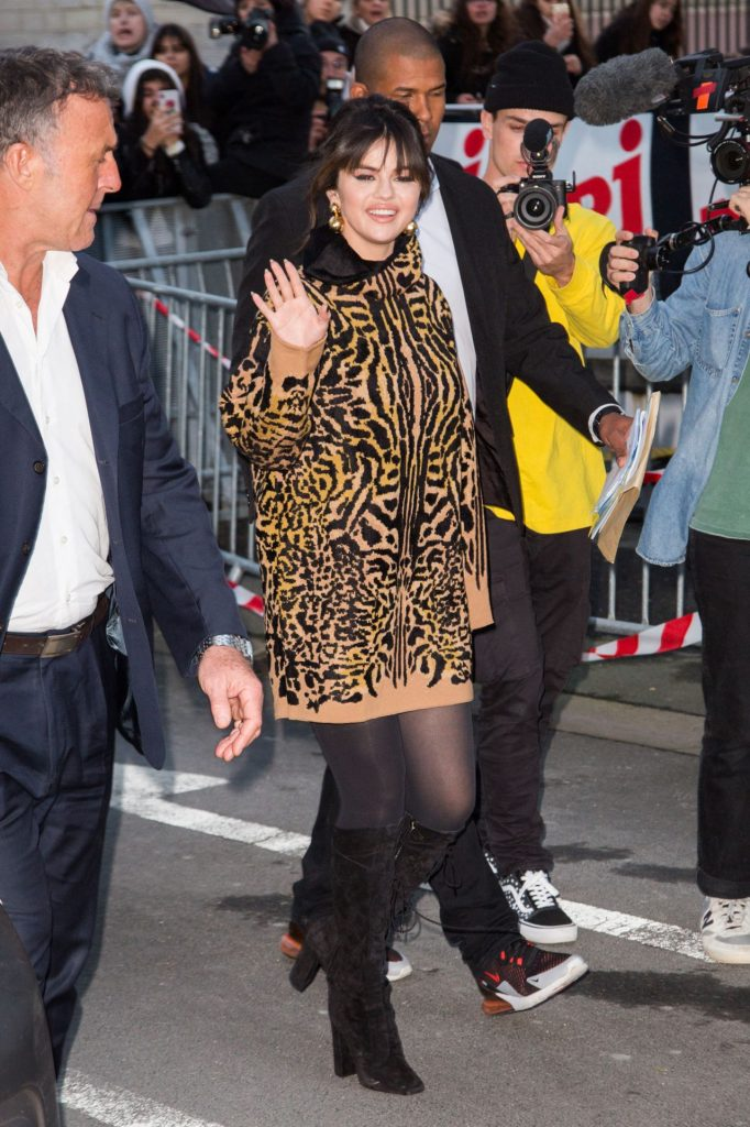 Selena Gomez – NRJ Radio Station in Paris