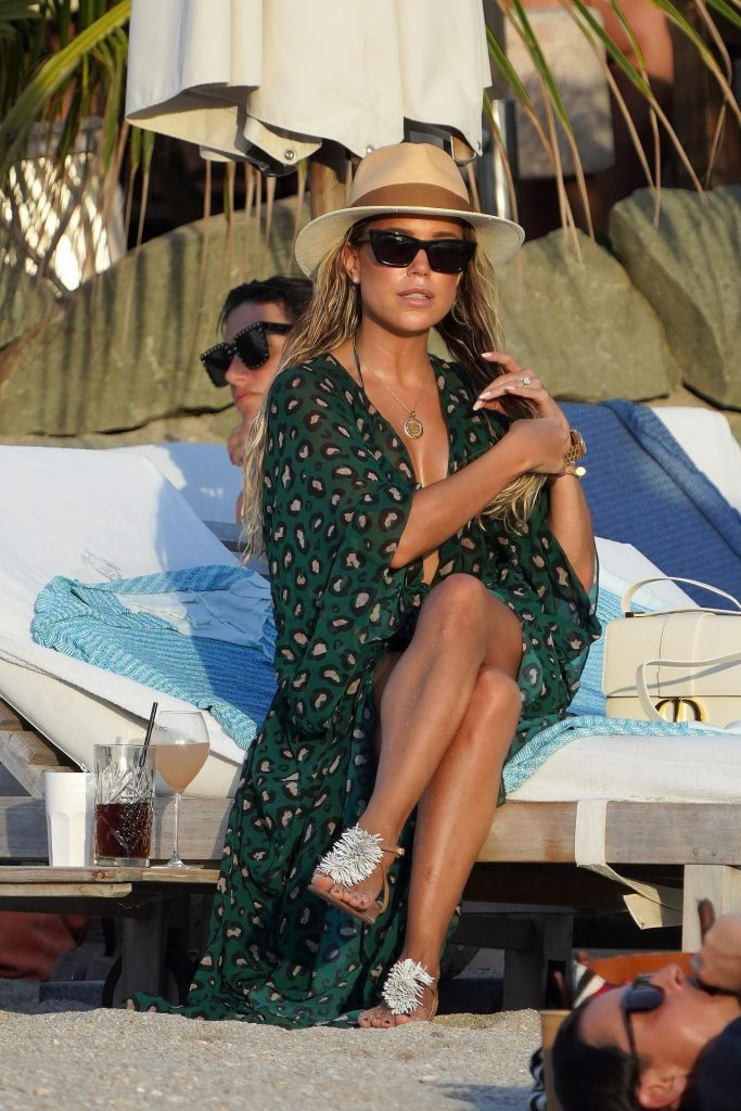 Sylvie Meis at Shellona Beach in St-Barts December 2019