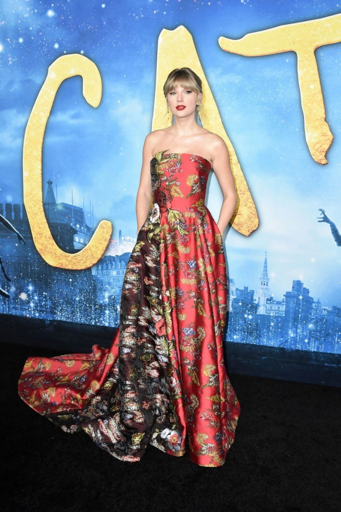 Taylor Swift – Cats Premiere in NYC 2019