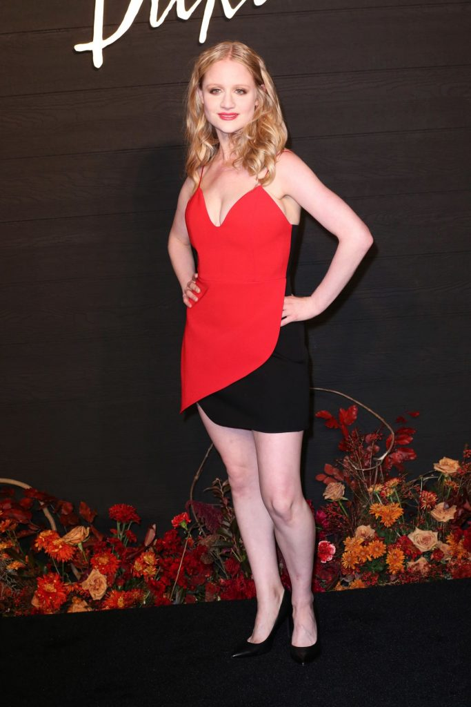Dickinson Premiere in Brooklyn: Allegra Heart (10+ Photos)