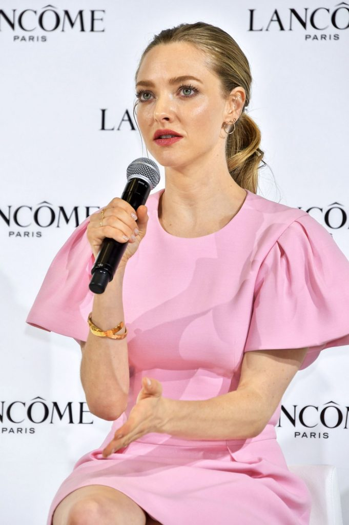 Amanda Seyfried – Lancome Press Conference in Tokyo January 2020 (12 Photos)