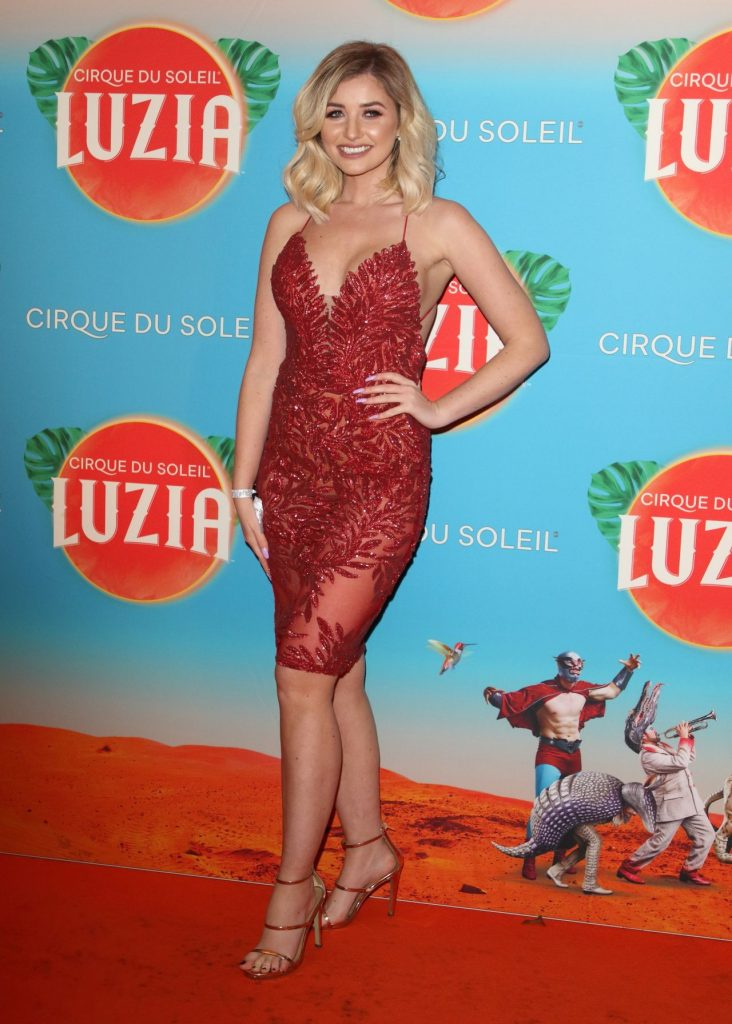 Cirque Du Soleil LUZIA Premiere in London: Amy Hart (4 Photos)