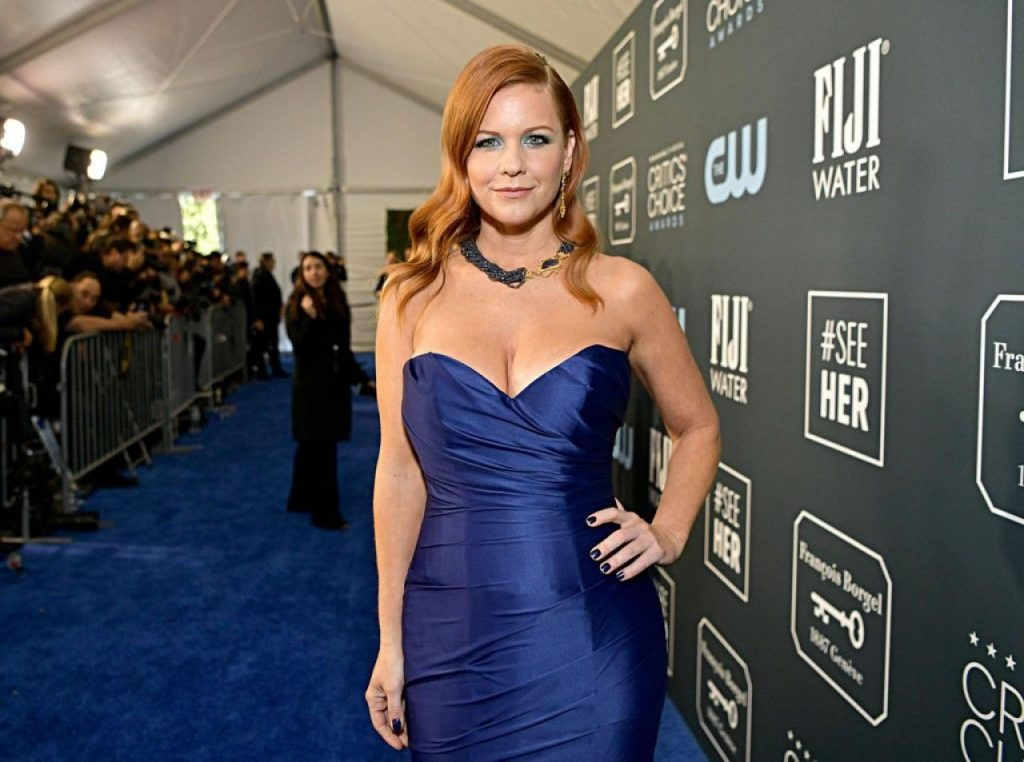 Critics' Choice Awards 2020: Carrie Keagan (3 Photos)