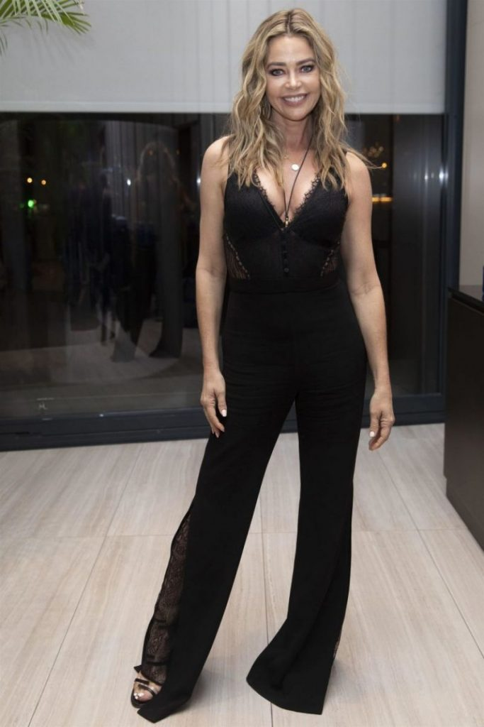 Glow and Darkness Photocall in Madrid: Denise Richards