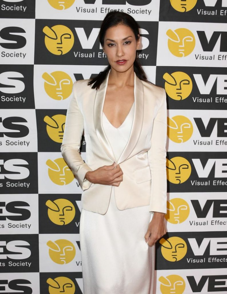 Visual Effects Society Awards 2020: Janina Gavankar (3 Photos)