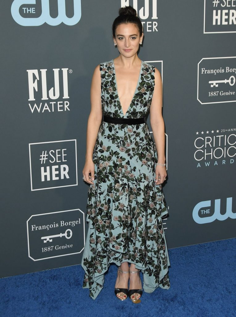 Critics' Choice Awards 2020: Jenny Slate (9 Photos)