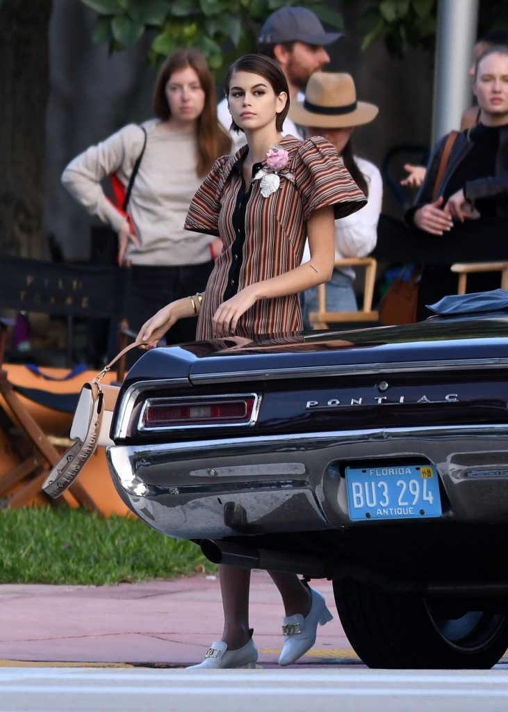 Kaia Gerber – Photoshoot with a Classic Car January 2020 (13 Photos)