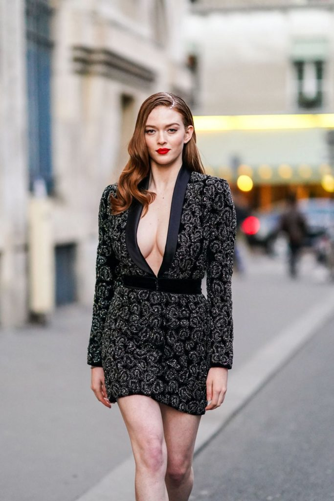 Larsen Thompson – Outside Ralph and Russo Fashion Show 2020 (7 Photos)