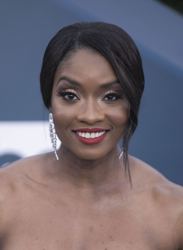 Screen Actors Guild Awards 2020: Lola Ogunnaike (3 Photos)