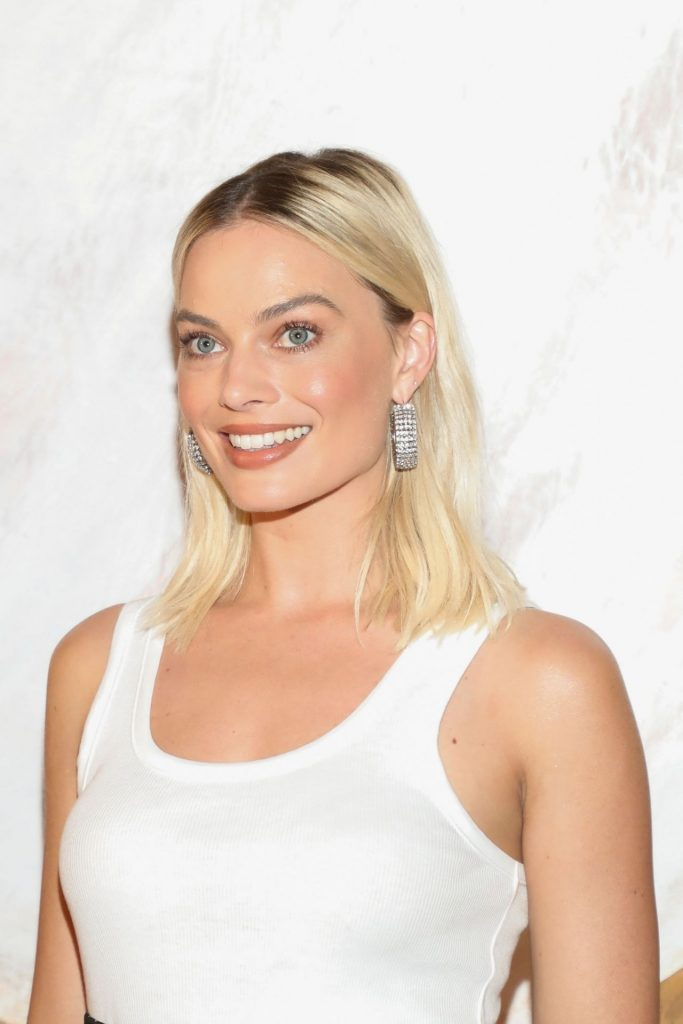 Birds of Prey Premiere in Mexico: Margot Robbie (15 Photos)