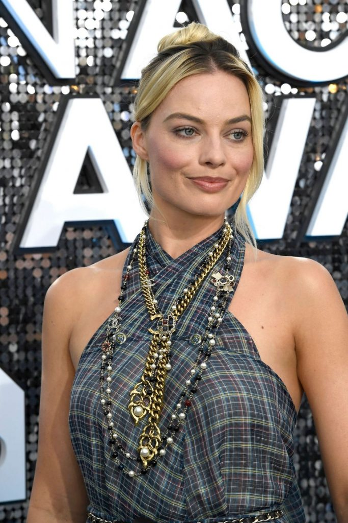 Screen Actors Guild Awards 2020: Margot Robbie (20+ Photos)