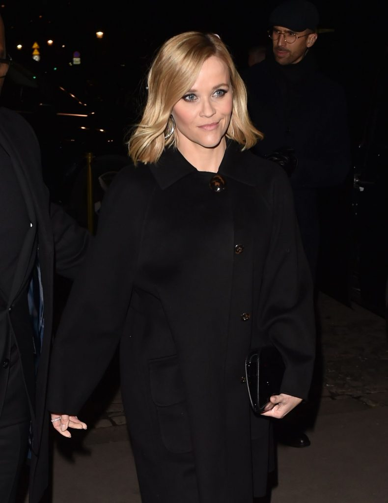 Reese Witherspoon – Giorgio Armani Prive Haute Couture Show 2020 (9 Photos)