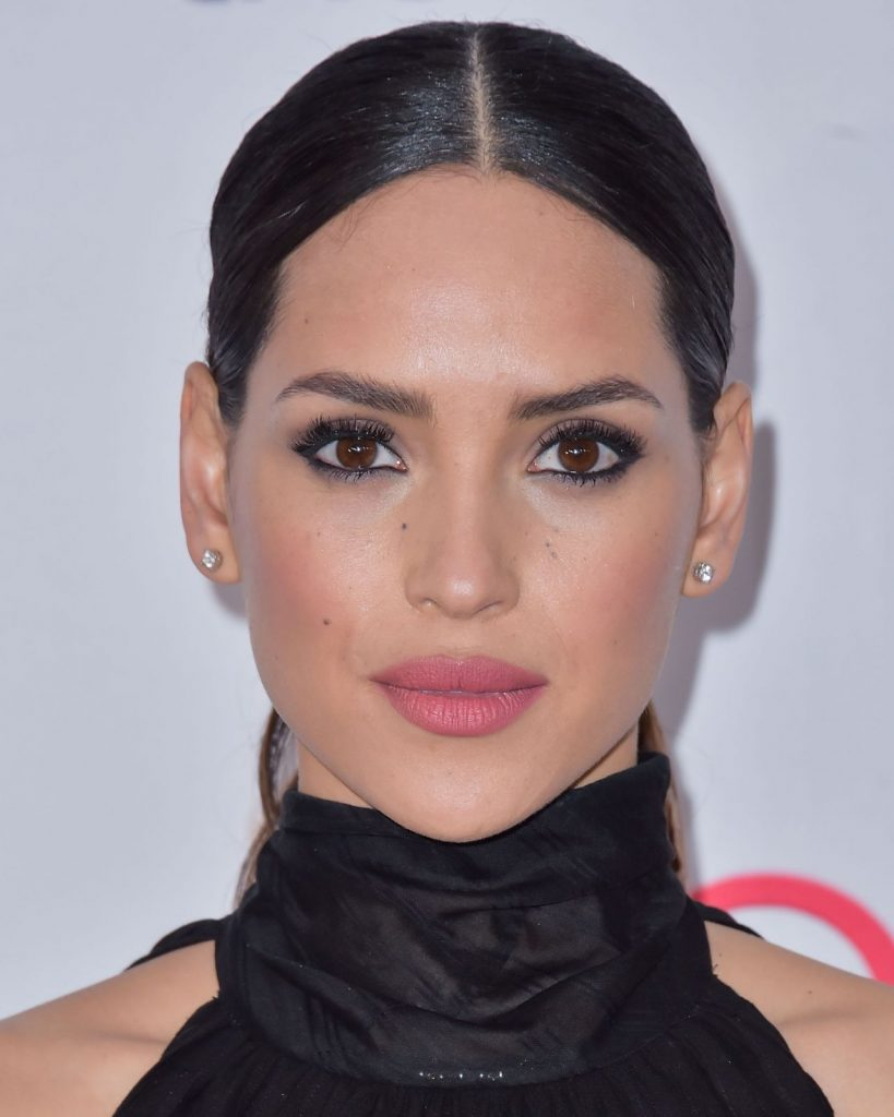 Hollywood Beauty Awards 2020: Adria Arjona (13 Photos)