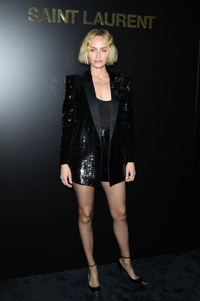 Amber Valletta – Saint Laurent Show at Paris Fashion Week 2020 (2 Photos)