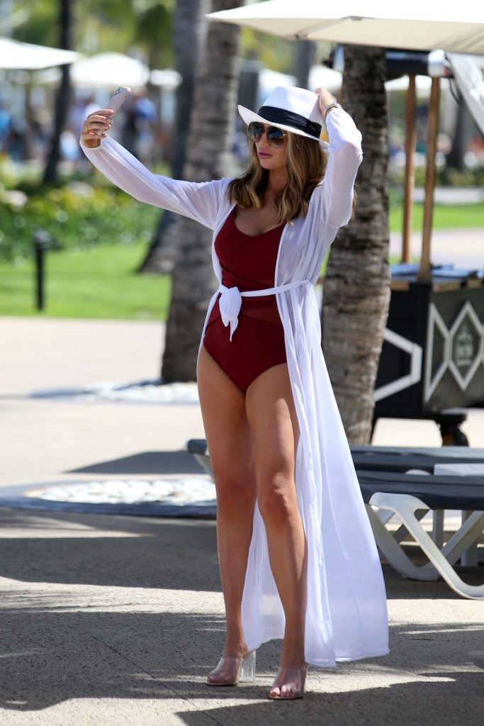 Amy Childs – Celebs Go Dating TV Show in Punta Cuna 2020 (9 Photos)