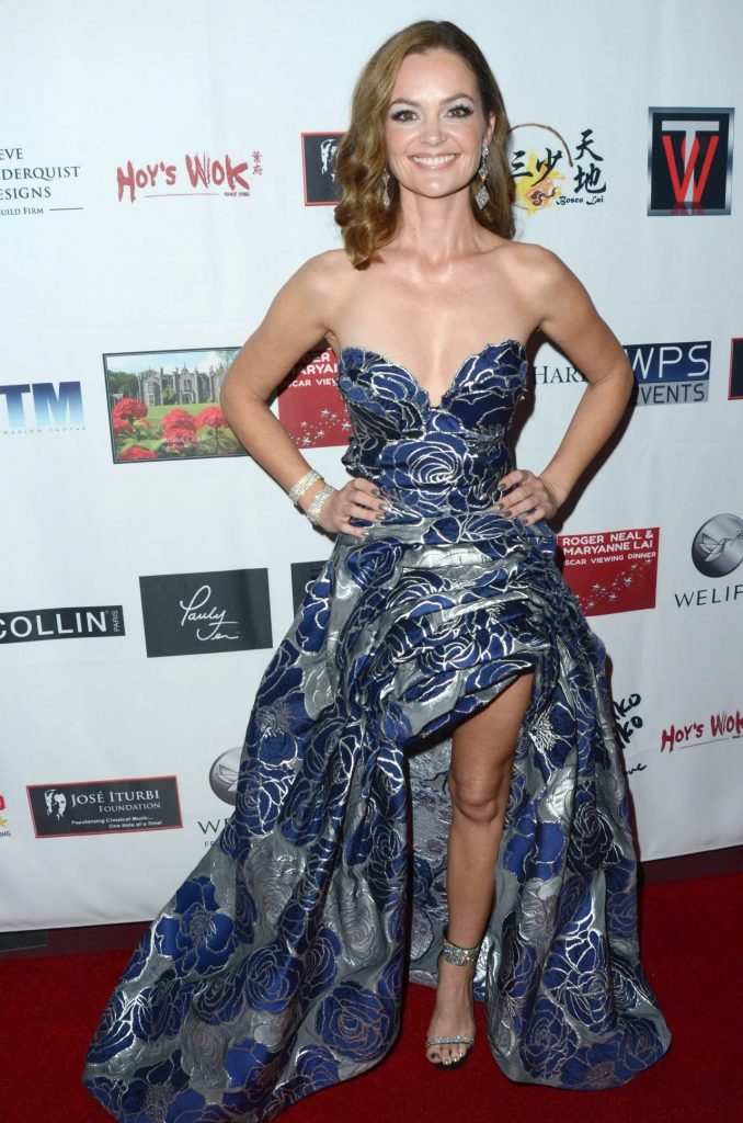 Carrie Schroeder – Roger Neal Maryanne Lai Oscar Viewing Dinner 2020 (3 Photos)