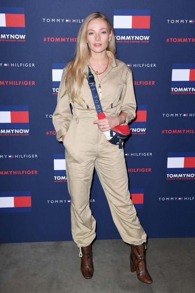 Tommy Hilfiger Show at LFW 2020: Clara Paget (8 Photos)