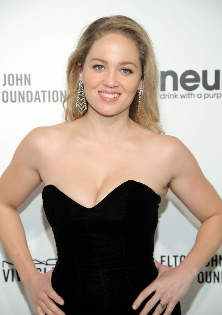 Elton John AIDS Foundation Oscar 2020 Viewing Party: Erika Christensen (10 Photos)