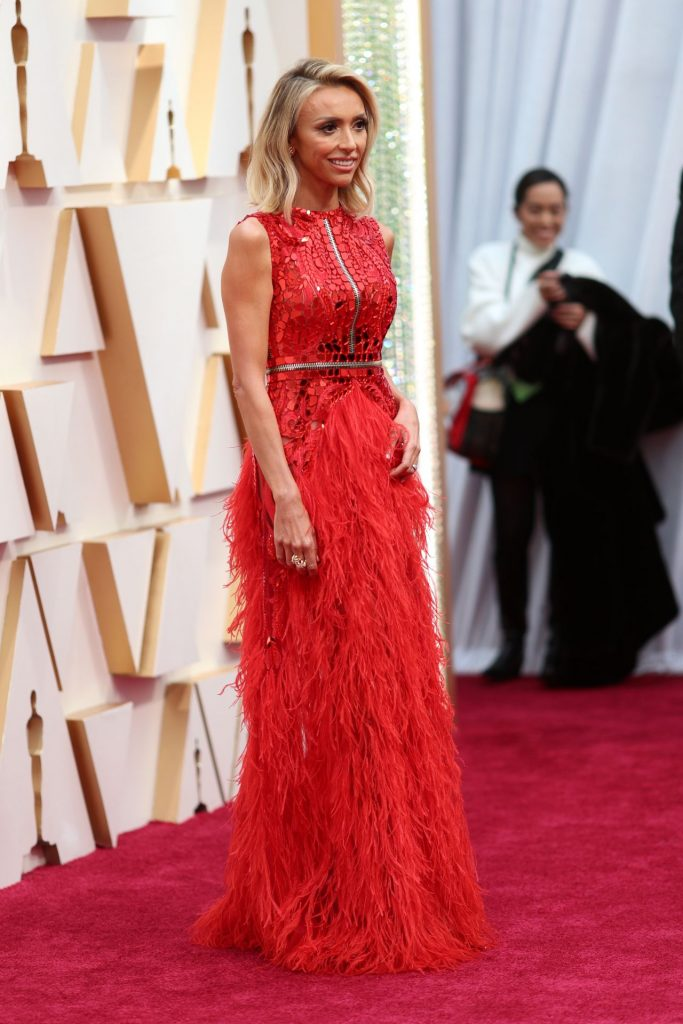 Oscars 2020 Red Carpet: Giuliana Rancic (8 Photos)