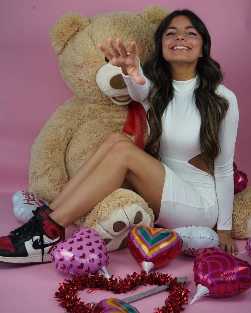 Isabella Fonte – Valentine's Feature for Revolve 2020 (6 Photos)