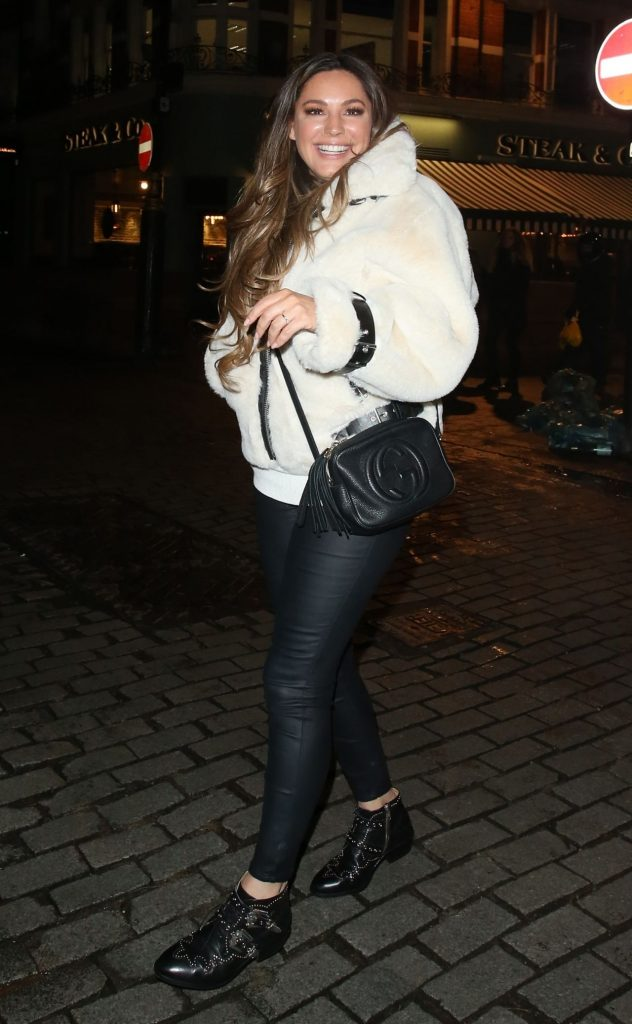 Kelly Brook – Leaving Heart Radio in London 2020 (10 Photos)