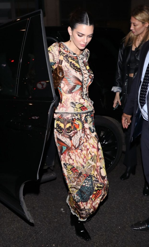 Kendall Jenner – Arriving at the Love Magazine Party in London 2020 (10 Photos)