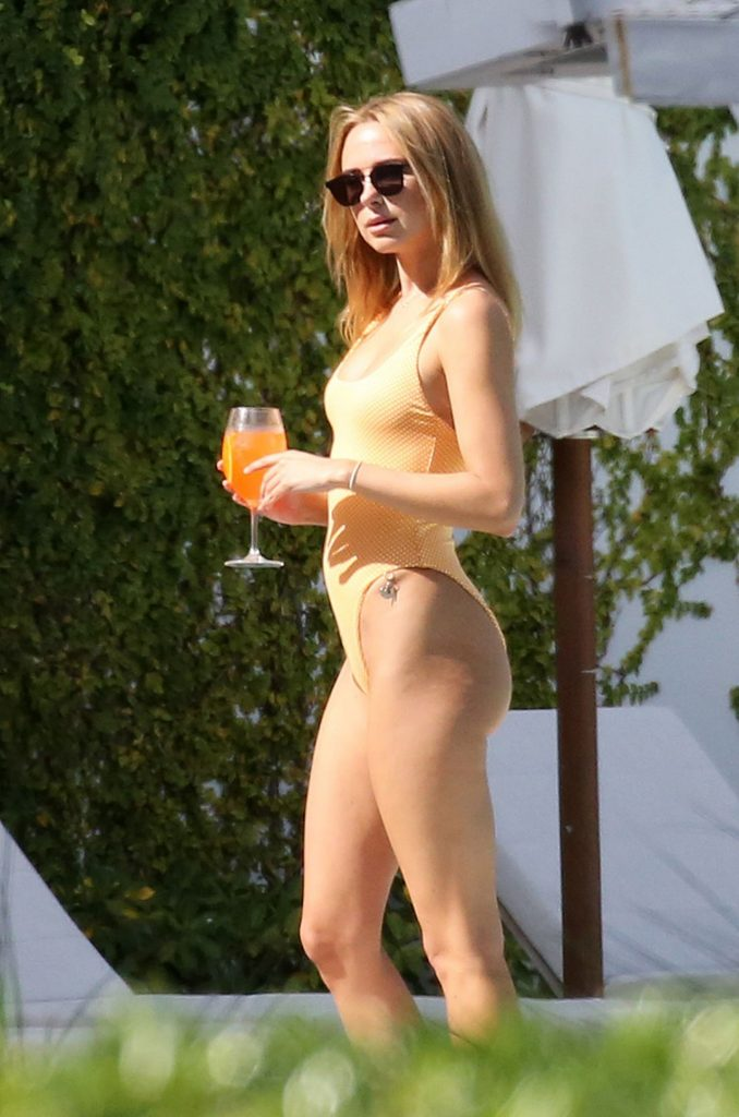 Kimberley Garner in an Swimsuit Miami 2020 (10+ Photos)
