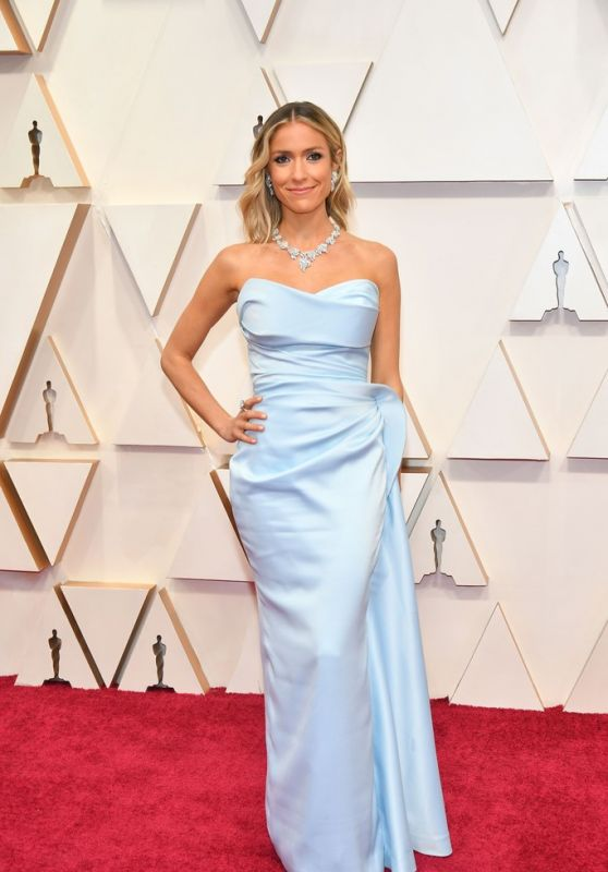Oscars 2020 Red Carpet: Kristin Cavallari (7 Photos)