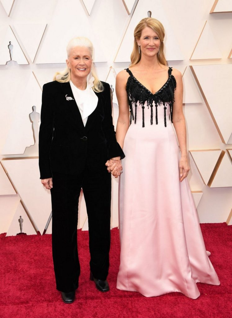 Oscars 2020 Red Carpet: Laura Dern (8 Photos)