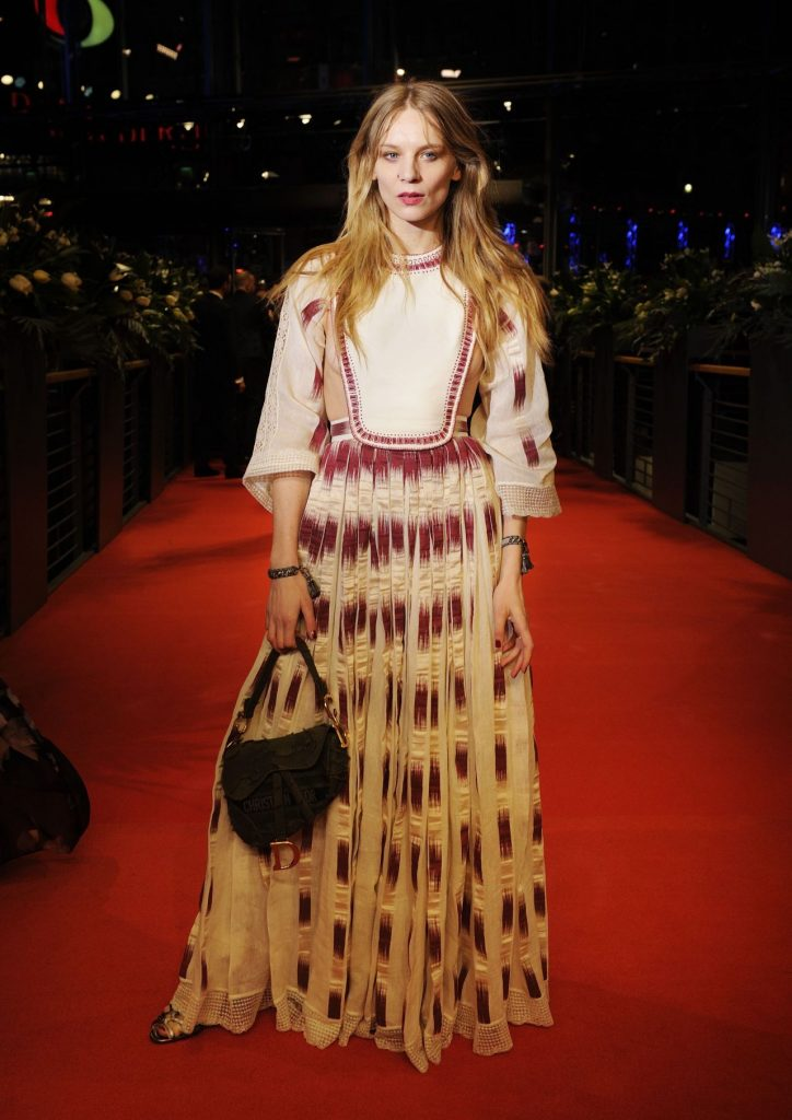 My Salinger Year Premiere at Berlinale 2020: Lilith Stangenberg (7 Photos)