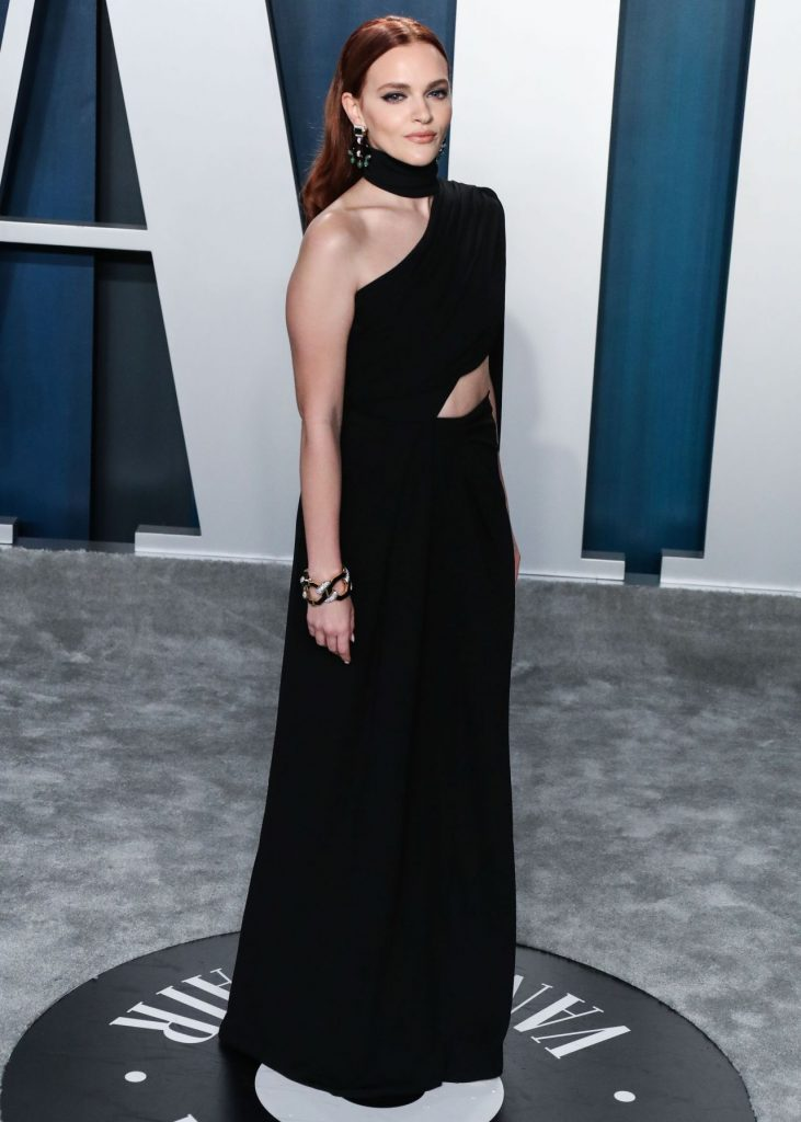 Vanity Fair Oscar Party 2020: Madeline Brewer (3 Photos)