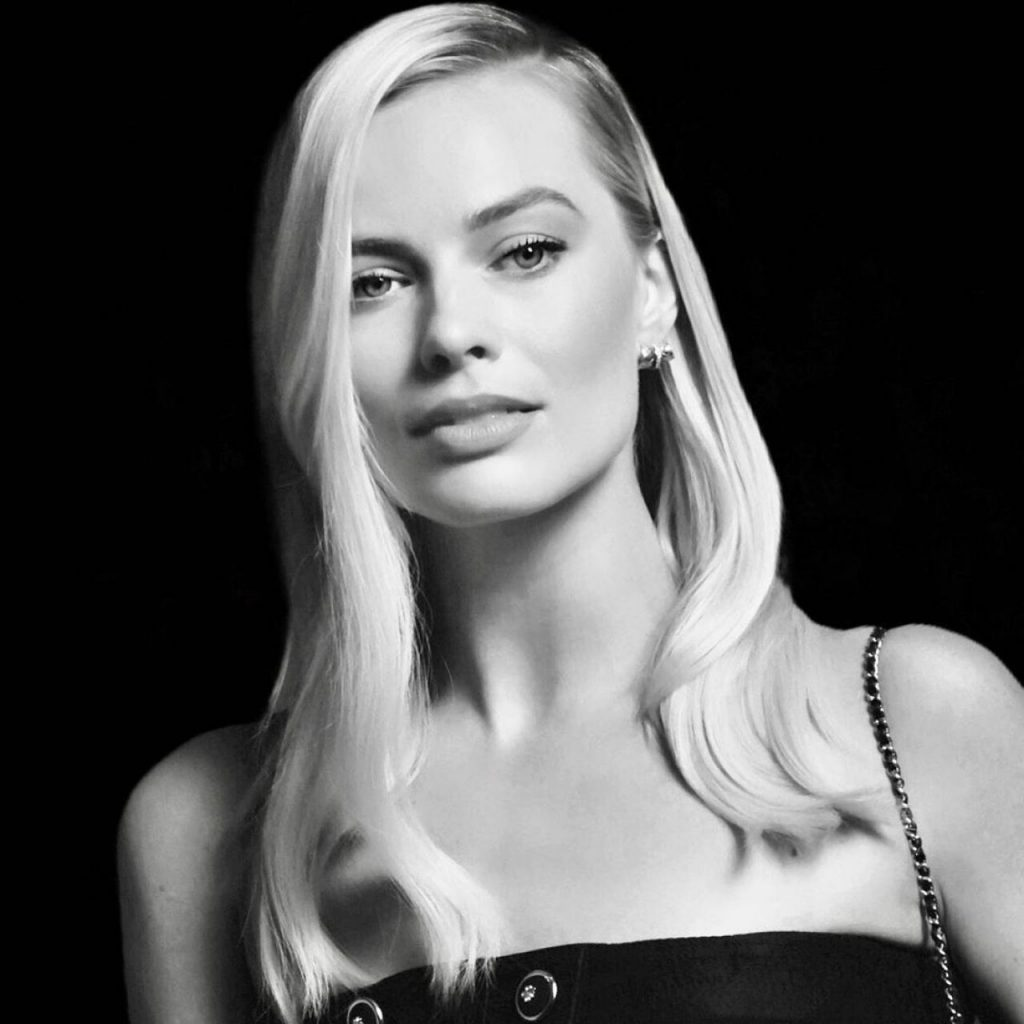 Charles Finch and Chanel Pre-Oscars Dinner Portraits 2020: Margot Robbie (2 Photos)