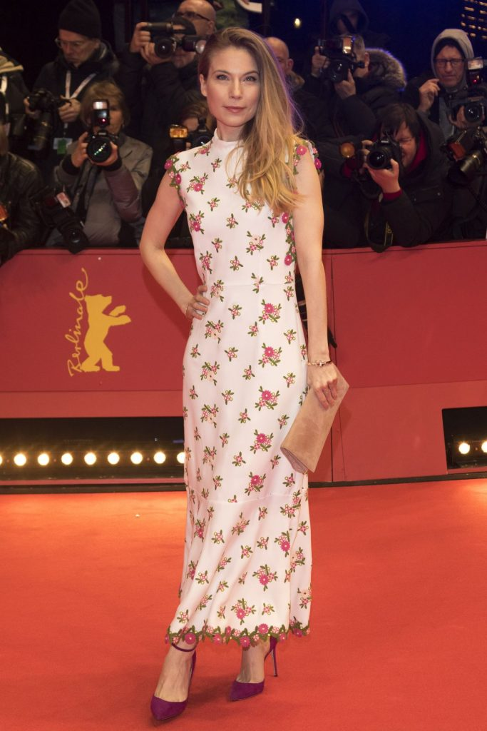 My Salinger Year Premiere at Berlinale 2020: Nora Waldstaetten (6 Photos)