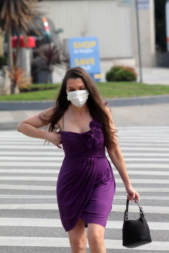Alicia Arden Wearing a Medical Mask – West Los Angeles 2020 (9 Photos)