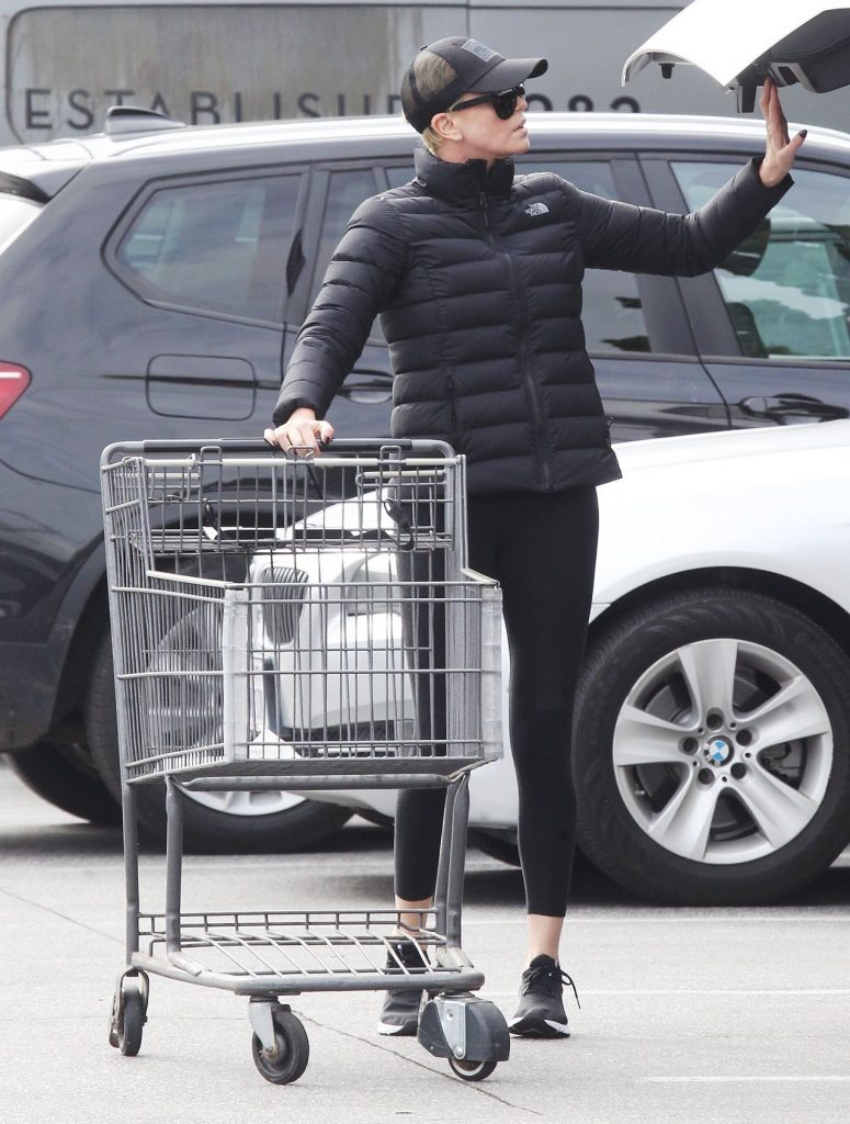 Charlize Theron – Shopping in Beverly Hills 2020 (13 Photos)