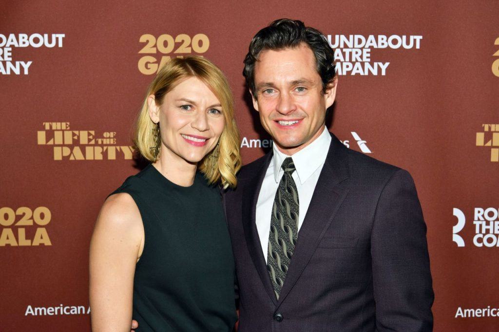 Claire Danes – Roundabout Theater's 2020 Gala in NYC (6 Photos)